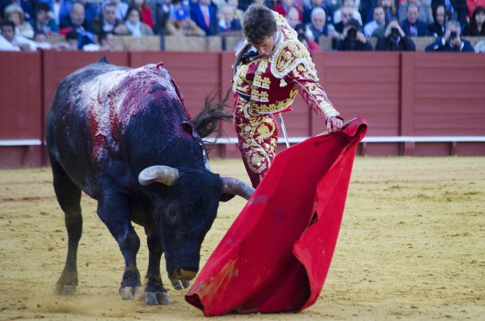 Sevilla, Escribano remata gran feria